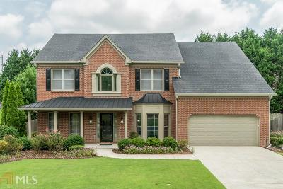 Johns Creek Single Family Home For Sale: 11065 Regal Forest Dr