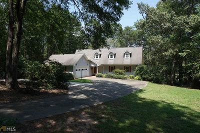 Toccoa Single Family Home For Sale: 587 Currahee Ridge Rd