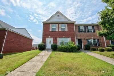 Douglasville Condo/Townhouse For Sale: 7712 Autry Cir #109
