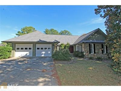Roswell Single Family Home For Sale: 11840 Hardscrabble Trl
