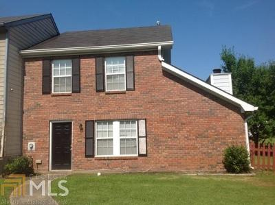 Douglasville Single Family Home Under Contract: 8820 W Chase Dr
