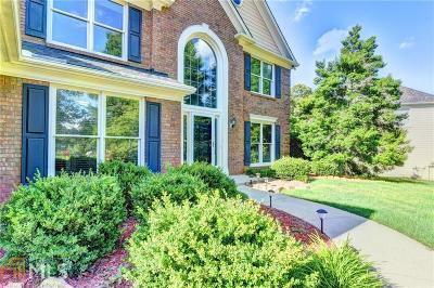 Johns Creek Single Family Home For Sale: 6405 Stapleford Ln