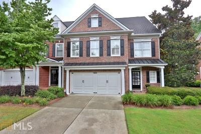 Roswell Condo/Townhouse For Sale: 4709 Village Green Dr