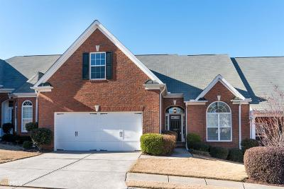 Woodstock Condo/Townhouse For Sale: 206 Claremore Dr
