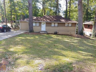 North Decatur Single Family Home Under Contract: 2677 Woodridge Dr