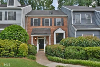 Johns Creek Condo/Townhouse For Sale: 50 Nesbit Pl