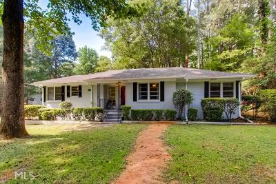 Single Family Home For Sale: 2225 Lyle Rd