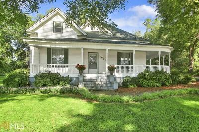 Tyrone Single Family Home Under Contract: 836 Senoia Rd