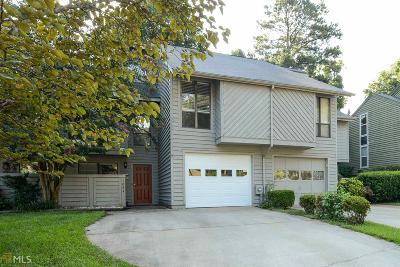 Smyrna Condo/Townhouse Under Contract: 1034 Creatwood Cir