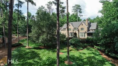 Roswell, Sandy Springs Single Family Home For Sale: 2055 Clay Dr