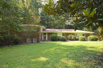 Fayetteville GA Single Family Home New: $215,000