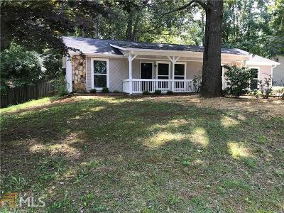 Marietta Single Family Home Under Contract: 2999 Fetlock Dr
