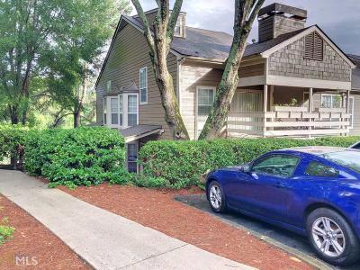 Marietta, Smyrna Condo/Townhouse For Sale: 202 Riverview Dr