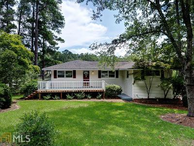 Jackson Single Family Home For Sale: 582 Jackson Lake Inn Rd