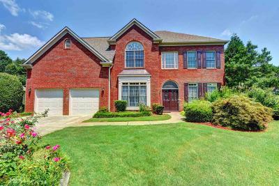 Suwanee Single Family Home For Sale: 3440 White Fox