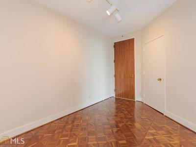 Park Place On Peachtree Condo/Townhouse Under Contract: 2660 Peachtree Rd #19A