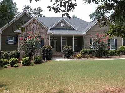 Social Circle Single Family Home For Sale: 70 Nicklaus Cir