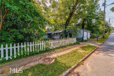 Historic Marietta Single Family Home For Sale: 582 Etowah Dr