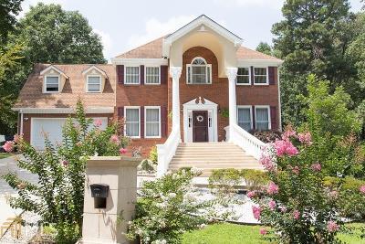 Lawrenceville Single Family Home New: 821 Thousand Oaks Dr