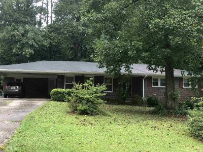 Lilburn Single Family Home For Sale: 1113 SW Lanford Cir