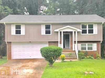 Stone Mountain Single Family Home For Sale: 4324 Carrollwood Dr