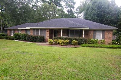 Statesboro Single Family Home For Sale: 108 Oak Hollow
