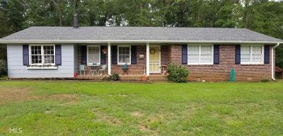 Butts County Single Family Home For Sale: 476 Jackson Lake Inn Rd