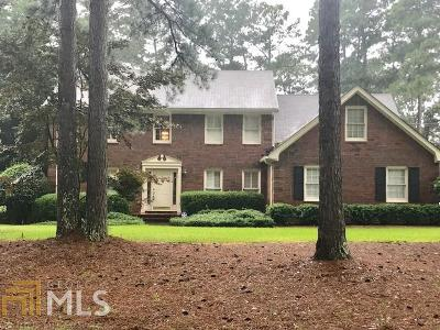 Griffin Single Family Home For Sale: 521 N Pinehill Rd