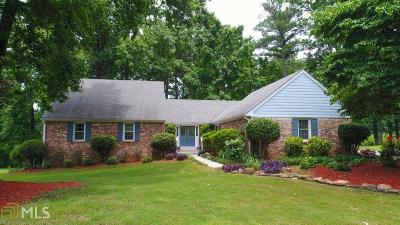 Conyers Single Family Home New: 1725 Holmes Dr