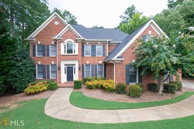 Roswell Single Family Home For Sale: 510 Bircham Way