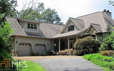 Single Family Home For Sale: 324 Solitude Ln