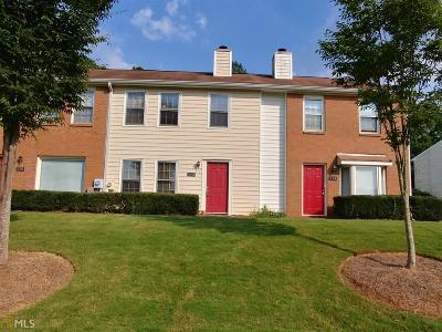 Roswell Condo/Townhouse Under Contract: 168 Holcomb Ferry