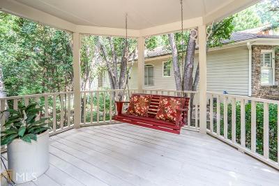 Buford Single Family Home For Sale: 2614 Ridgehurst Dr