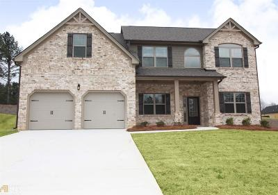 Hampton Single Family Home For Sale: 609 Toronto Cir