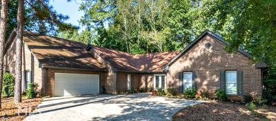 Roswell Single Family Home Under Contract: 510 Terrace Oaks Dr