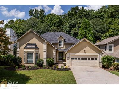 Roswell Single Family Home Under Contract: 8980 Terrace Club Dr