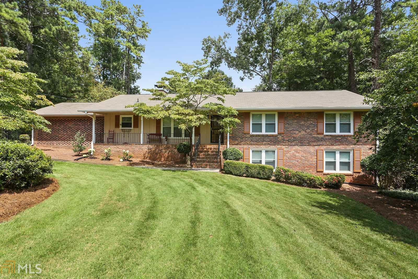 Surprising 1507 Longwood Dr Marietta Ga Mls 8444463 Candy Bowen Home Interior And Landscaping Elinuenasavecom