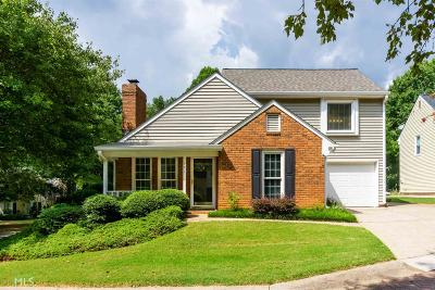 Roswell Single Family Home Under Contract: 501 Roswell Green Ln