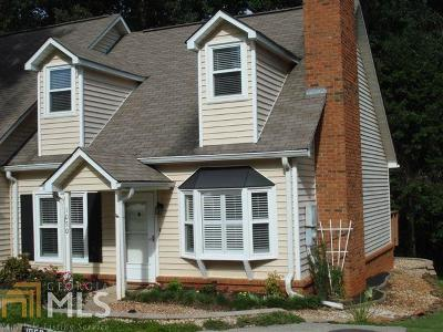 Roswell Condo/Townhouse For Sale: 1050 Sasha Ln