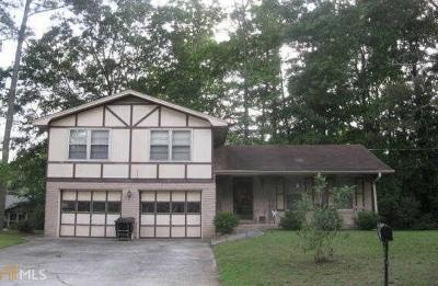 Conyers Single Family Home Under Contract: 1901 SE Poplar St
