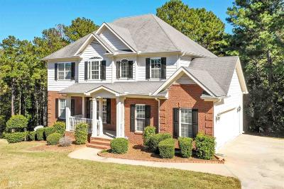 Conyers Single Family Home For Sale: 2909 Red Leaf Ct