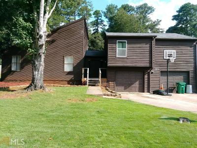 Stone Mountain Single Family Home For Sale: 888 Lost Creek Cir