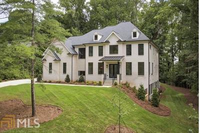 Roswell, Sandy Springs Single Family Home For Sale: 4555 Mystic Dr