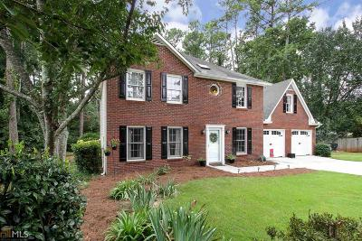 Peachtree City Single Family Home For Sale: 104 Cherry Holw