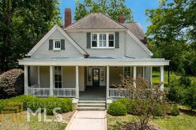 Covington Single Family Home For Sale: 3111 Monticello St
