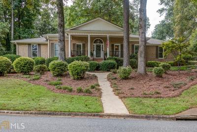 Roswell Single Family Home Under Contract: 1260 Land O Lakes Dr