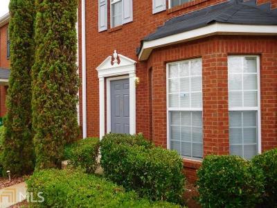 Lithonia Condo/Townhouse Under Contract: 5874 Strathmoor Manor Cir