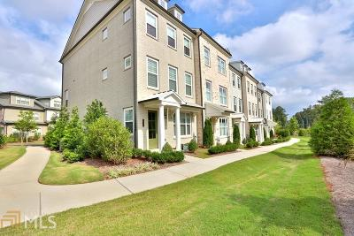 Roswell Condo/Townhouse For Sale: 10198 Windalier Way