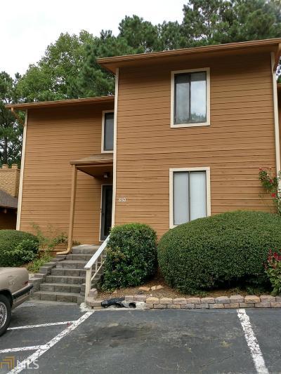 Marietta, Smyrna Condo/Townhouse For Sale: 860 SW Lake Hollow Blvd