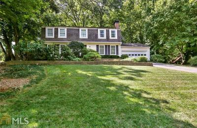 Roswell Single Family Home For Sale: 1220 Northshore Dr